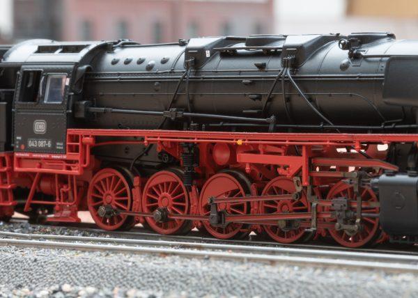 Märklin 39884 Ansicht, Güterzug-Dampflok BR 043 Öl