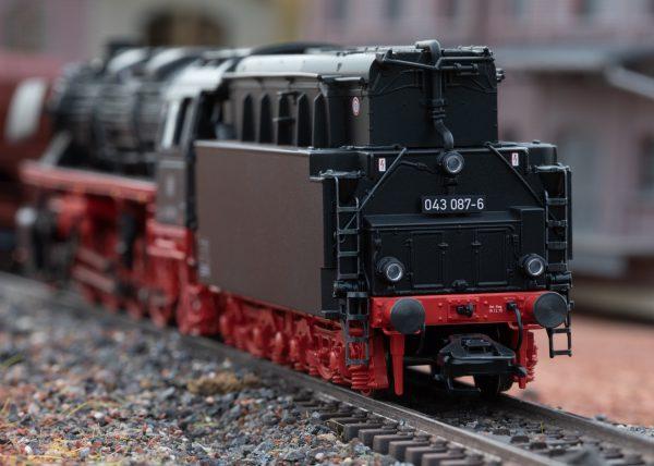 Märklin 39884 Details, Güterzug-Dampflok BR 043 Öl