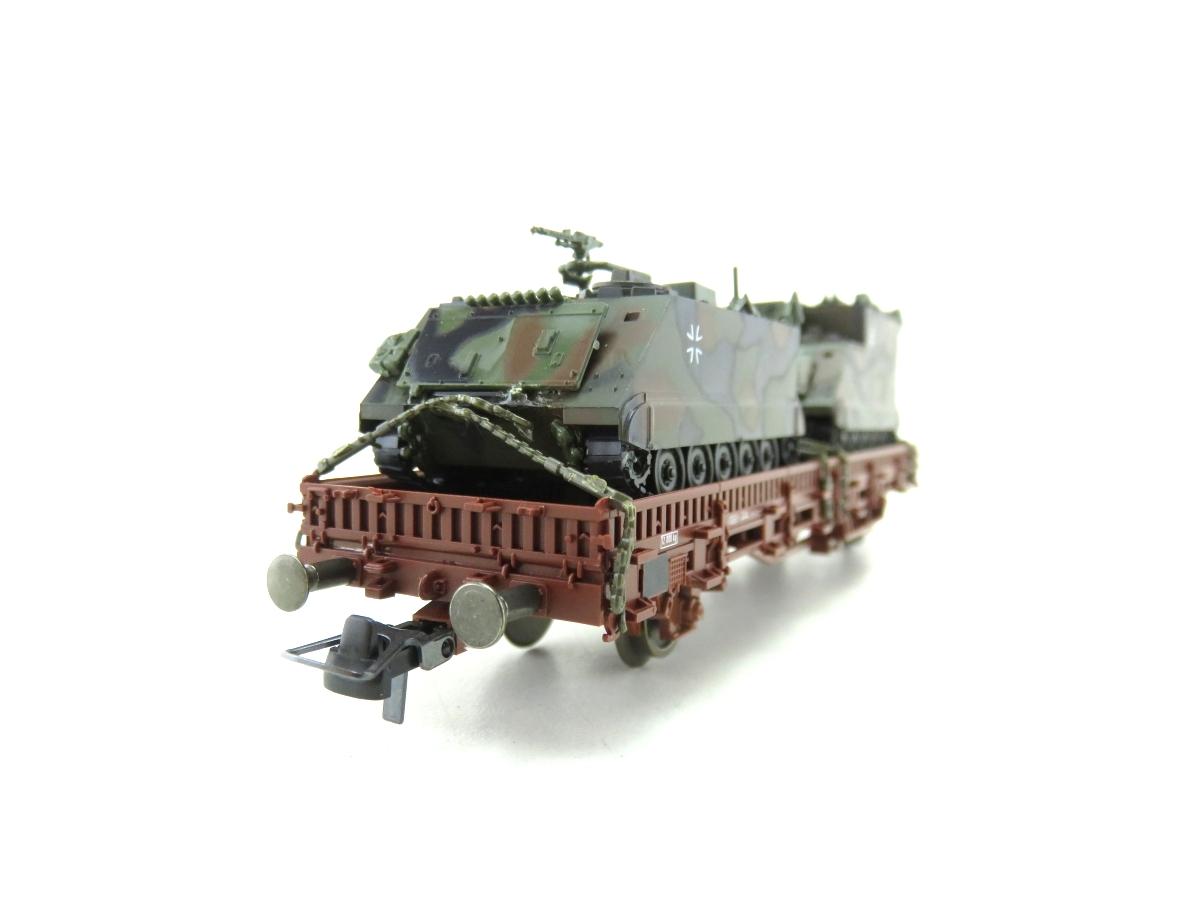(SVH321) Roco 804 H0  Güterwagen mit zwei Panzer OVP