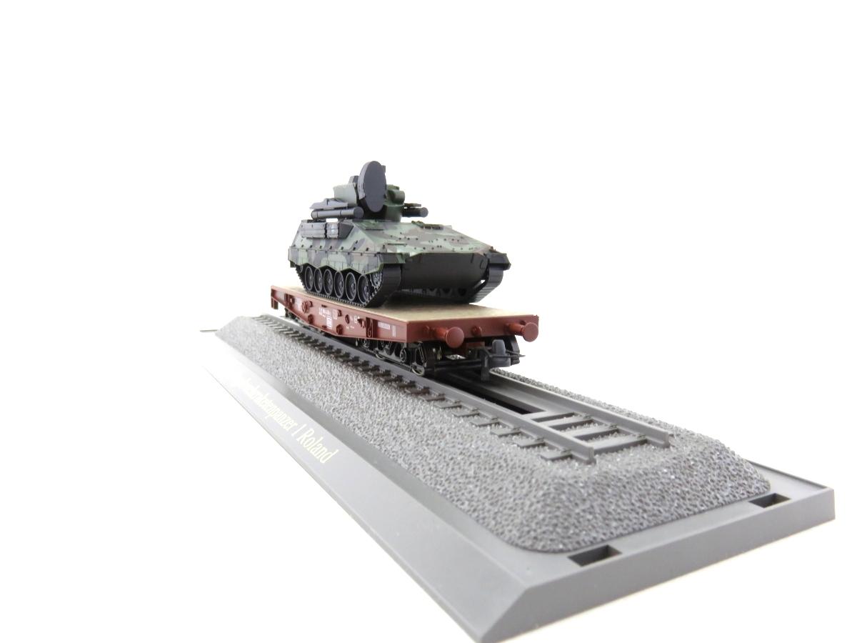 (SVH325) Roco 883 H0  Schwerlastwagen mit Panzer Roland OVP