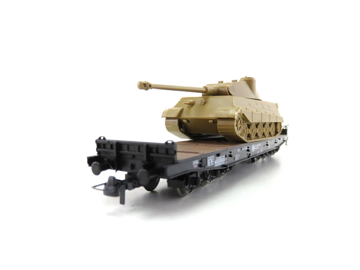 (SVH328) Roco 689 H0  Schwerlastwagen mit Königstiger Panzer OVP
